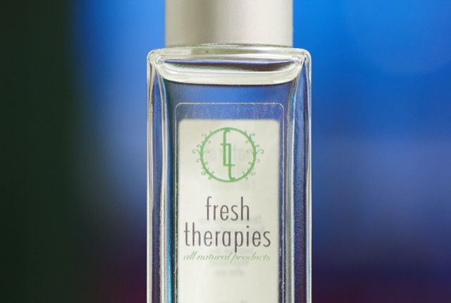 Fresh therapies natural nail polish remover detail