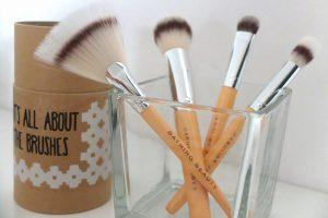 Bathing beauty vegan makeup brushes
